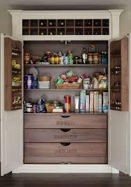 upper kitchen cabinets pbjstories screenbshotb: en irlande un garde manger classique et de belle facture sintagre a