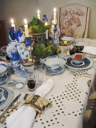 Chinese Dining Room Table Awesome And Weird Table Settings Strange True Factsstrange Allaway