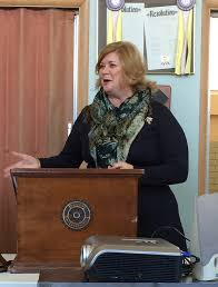 district bulletin feb  the struthers rotary club welcomed speaker becky keck at their 5th meeting ms keck executive director of smarts students motivated by the arts