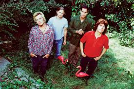 Hear <b>Stone Temple Pilots</b> Cover Beach Boys Deep Cut in 1994 ...