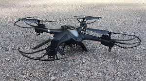 Крутой Квадрокоптер <b>Holy Stone HS200</b> или D <b>HS200</b> - YouTube
