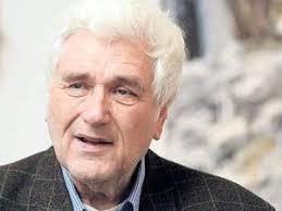 Klaus Fußmann zählt zu den bedeutendsten realistischen deutschen Malern. Er studierte von 1957 bis 1961 an der Folkwang Schule in Essen und von 1962 bis ... - Klaus-Fu%25C3%259Fmann_5
