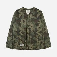 <b>Куртка</b> FILA x <b>BTS</b> серый цвет — купить за 6999 руб. в ...