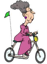 Resultado de imagen para imagen de anciana en bicicleta