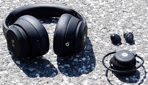 <b>Headphones</b> for <b>running</b> and <b>sports</b> - See pros and cons - Read the ...