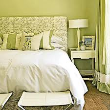 bedroom decorating ideas green color