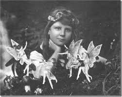 Two <b>Girls</b> Fooled <b>the</b> World with Photos of <b>Fairies</b> (including <b>the</b> ...