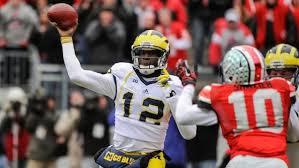 compare and contrast essay high school and college quarterbacks  argumentative essay topics for high school quarterbacks compare and contrast