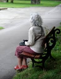תוצאת תמונה עבור תמונה של אישה קשישה