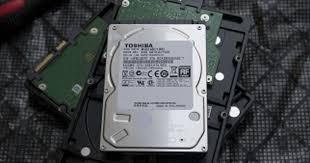 Я — гибрид. Обзор шести <b>жестких дисков Seagate</b> и TOSHIBA ...