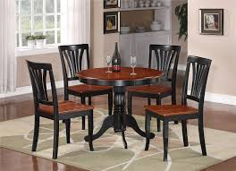 Round Dining Room Table And Chairs Vintage Dining Room Classic Chandelier Round Kitchen Table Room