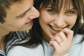 Resultado de imagem para pessoas sorridentes