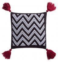 <b>Подушка Levin</b>, <b>черно-белая с</b> красными кистями купить, цена в ...