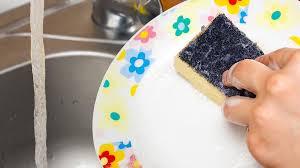 В «Роскачестве» назвали лучшие <b>средства для мытья посуды</b> ...