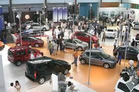 Alors que les importations de véhicules culminent à six milliards de dollars: L'assainissement du marché automobile repoussé