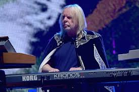 <b>Rick Wakeman</b> Says Yes Name 'Should Have Been Retired'