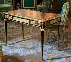 <b>Writing table</b> - Wikipedia