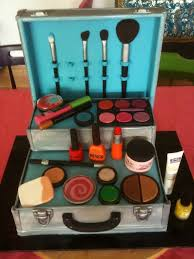 make up box cake at first i thought this was real