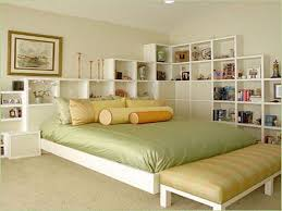 green beige bedroom pattern