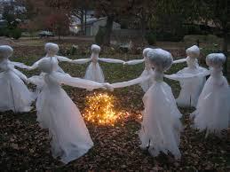ideas outdoor halloween pinterest decorations:  astounding but easy diy outdoor halloween decoration ideas