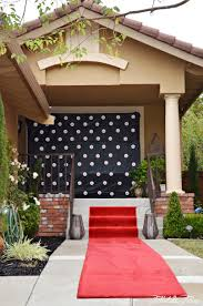 red carpet party themes