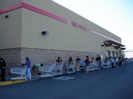 weekend shuffle lofa is a sexy beast this is continuation of the first pic long lines no panic just long lines costco opened early then opened to anyone you win sams club didn t do that