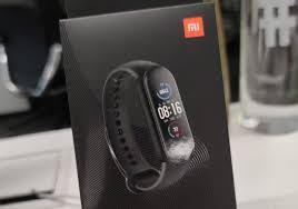 Xiaomi <b>Mi Smart Band</b> 5 global activity tracker packaging omits NFC ...
