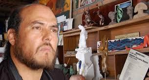 Alberto Vizcarra, artista plástico mexicano, estudió la apreciación del arte, cerámica y dibujo en el Instituto Tecnológico de Sonora. - vizcarra