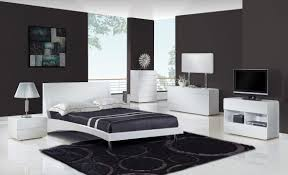 modern black and white bedroom furniture design paired with silver table lamp also bubble rug pattern black white style modern bedroom silver