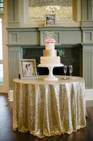 Cake Table Decoration 1000 Ideas About Wedding Cake Table Decorations On Pinterest