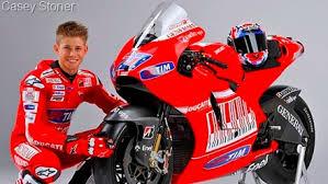 Iannone dan Petrucci Gembira Casey Kembali ke Ducati