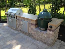 Countertop For Outdoor Kitchen Grill Bge With Crab Orchard Stone Countertop Outdoor Kitchens