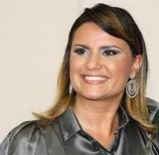 Silvia Garcia. A jornalista foi apresentadora e repórter do programa de televisão Auto Esporte, da Rede Globo, por oito anos. - silvia-garcia-25022012_022310-G