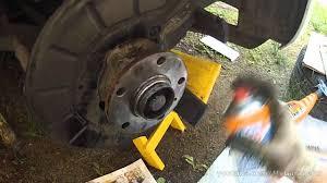 Замена <b>тормозных колодок</b> и дисков Jetta 6 1.6 (280мм) - <b>Front</b> ...