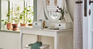 The 5 Best IKEA <b>Makeup Vanity Tables</b> | Official Hip2Save