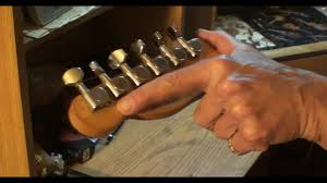 51 squier upgrade <b>wilkinson</b> 18/<b>1</b> tuning machines - YouTube