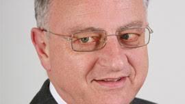 """<b>Christoph Fritz</b> mit den Worten geschlossen: """"Sie merken, Rechtsgebiete – wie <b>...</b> - Interview-Expats4-270"""