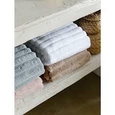 <b>Полотенце</b> банное <b>Waves белого</b> цвета Essential, 70х140 см от ...