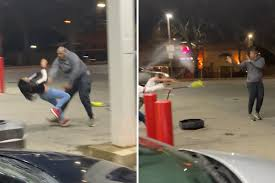 Insane gas station fight over hot dogs breaks out in Akron