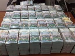 Hasil gambar untuk uang malaysia banyak