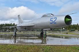 Sujói Su-9
