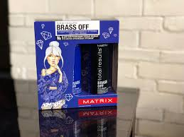 <b>Набор Total Results Brass</b> Off Color Obsessed для ухода за ...