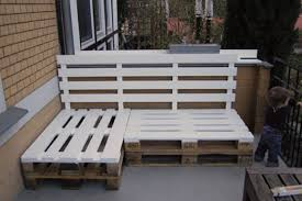 benches build pallet furniture