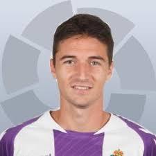 Julián Omar Ramos Suárez. Omar. Su aparición fulgurante en 2009 en las filas del Tenerife le llevo incluso a jugar un par de partidos en la selección ... - 250x250_12175811omar