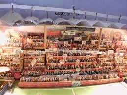 Das Miniatur-Stadion von Sven Peter Eckert. Der 45-Jährige hat in mühevoller Kleinarbeit die Mercedes-Benz-Arena und das ganze Drumherum in den vergangenen ... - media.media.ddb4dad8-084d-409c-831c-1e6106476933.normalized
