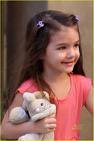 suri cruise pink dress stuffed elephant 01 - suri-cruise-pink-dress-stuffed-elephant-01