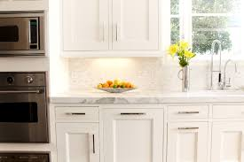 white subway marble kitchen backsplash tile