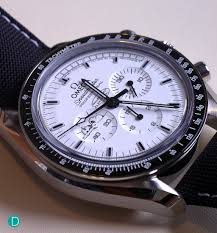 review of omega speedmaster apollo silver snoopy award from the omega speedmaster apollo 13 silver snoopy award