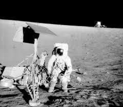 <b>Apollo 12</b> - Wikipedia