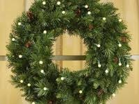 40 Best <b>Battery</b> Operated <b>Christmas</b> Wreath images | Pre lit wreath ...